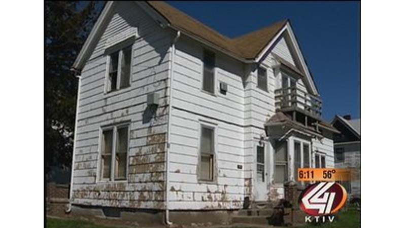 Sioux City police were called to 1401 George Street in May 2011.
