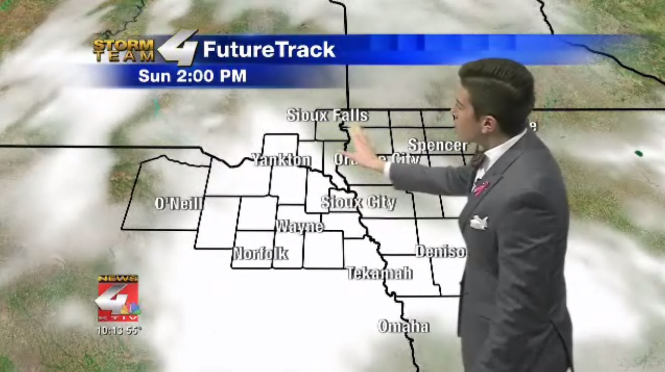FutureTrack showing a pleasant Sunday afternoon under a mix of clouds and sun.