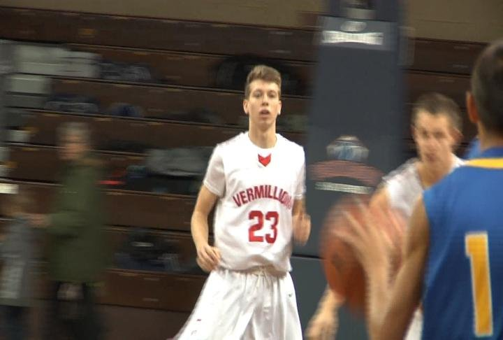 A.J. Plitzuweit has led Vermillion to an undefeated record.