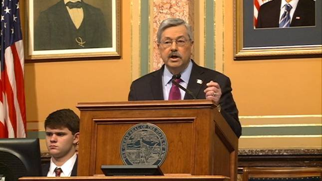 Branstad approved, Reynolds to step in as governor
