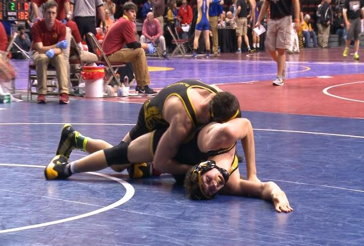 Hinton's Daniel Bishop improved to 36-0 with a first round win at 182 pounds in Class 1A.