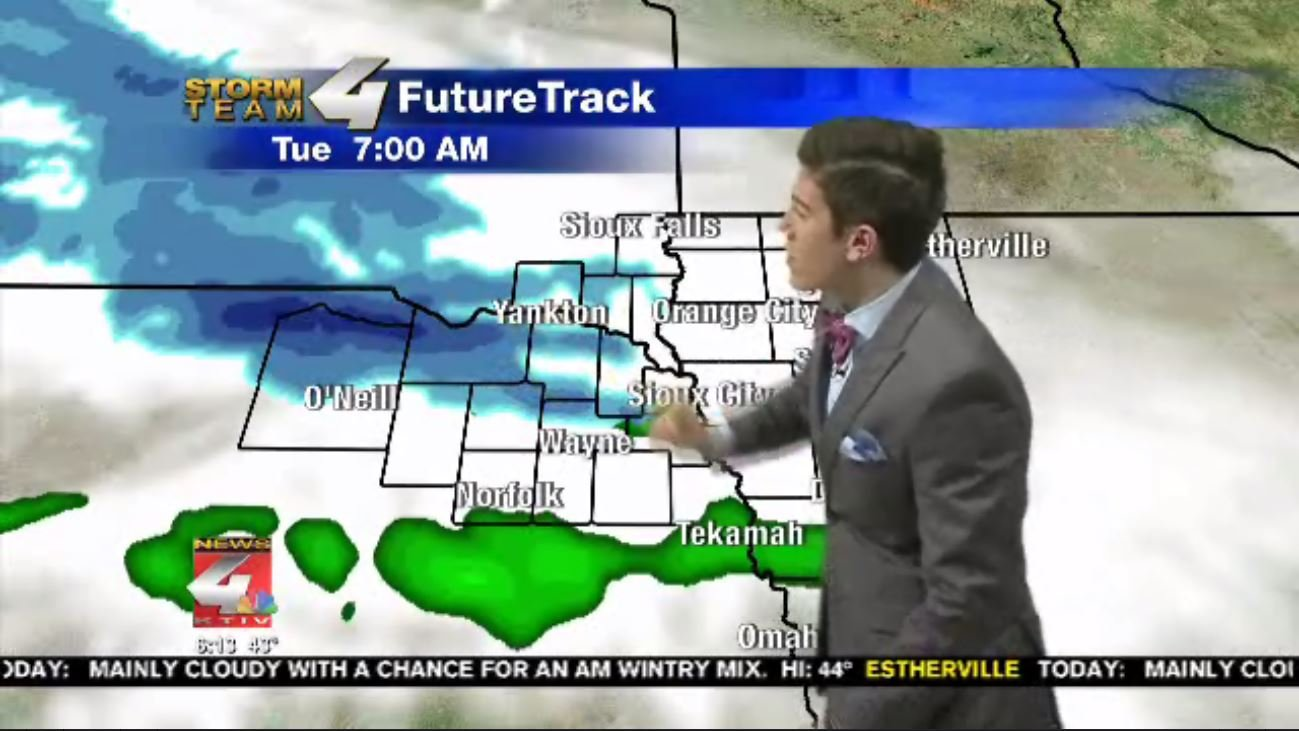 Storm Team FutureTrack showing the snow moving through Siouxland.