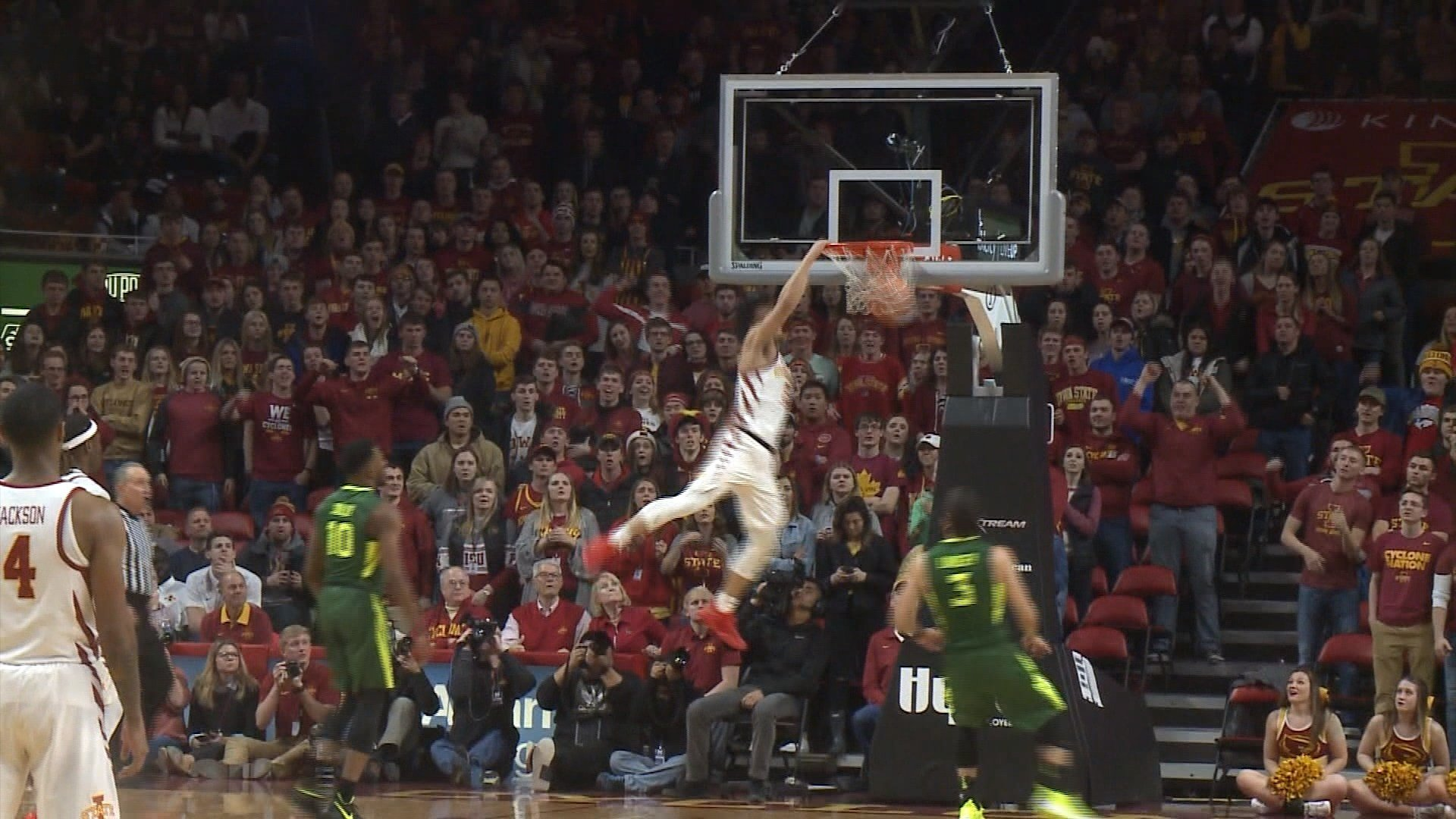 Lindell Wigginton had 30 points as Iowa State beat Baylor on Saturday, 75-65.