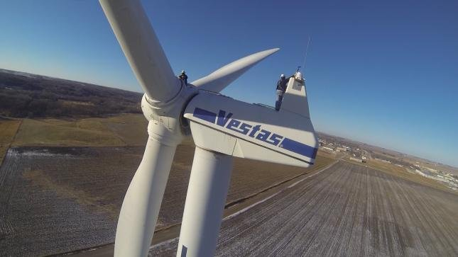 Opponents of wind power are stalling or shooting down wind-farm projects across the country, especially in the Midwest