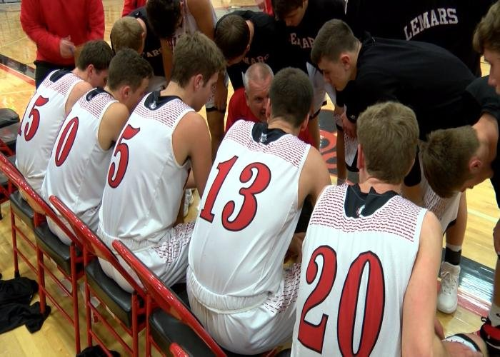 Le Mars starts the postseason ranked ninth in Class 3A.