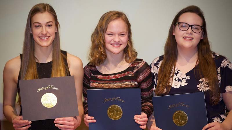 ) Grace Kiple of LAMB School of Theatre and Music, Sarah Beumler of Sioux City Heelan and Elise Sturgeon of Sioux City North competed in the 2018 Poetry Out Loud in Iowa state finals competition Sunday in Des Moines.