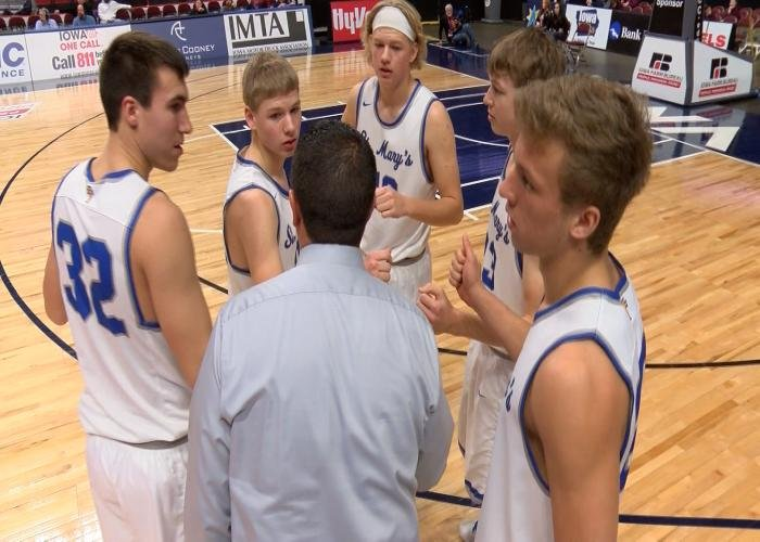Remsen St. Mary's stayed undefeated with a win over Lynnville-Sully on Monday in Des Moines.
