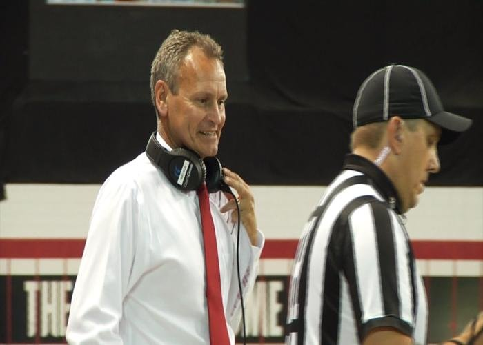 Bob Nielson signed a contract extension from South Dakota on Thursday.