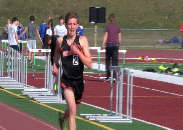 Sgt. Bluff-Luton's Miles Scott won the 3,200 meters Thursday at the East Invite.