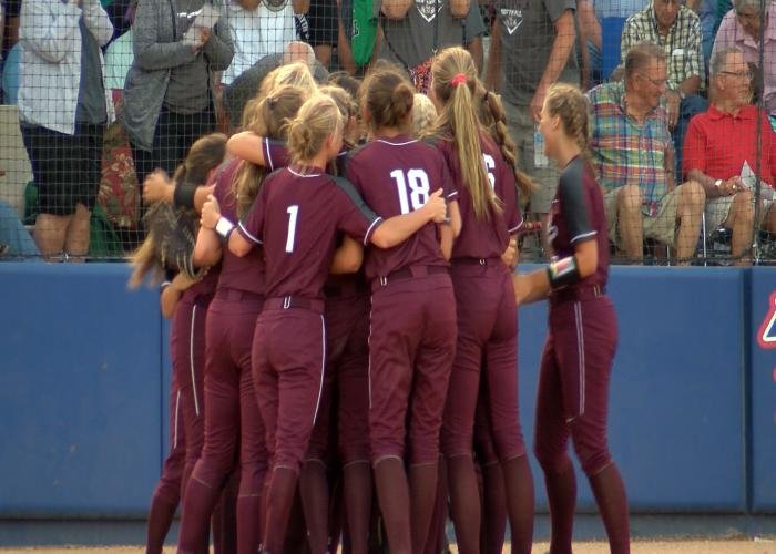 Western Christian beat West Sioux, 6-4, on Friday night.