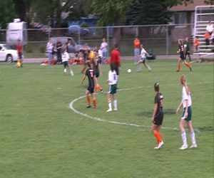 The Sgt. Bluff-Luton girls edged West, 3-2, in round one of the soccer regionals.