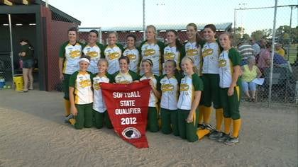Gehlen Catholic qualified for the state softball tournament with a 4-1 win over #1 Akron-Westfield.