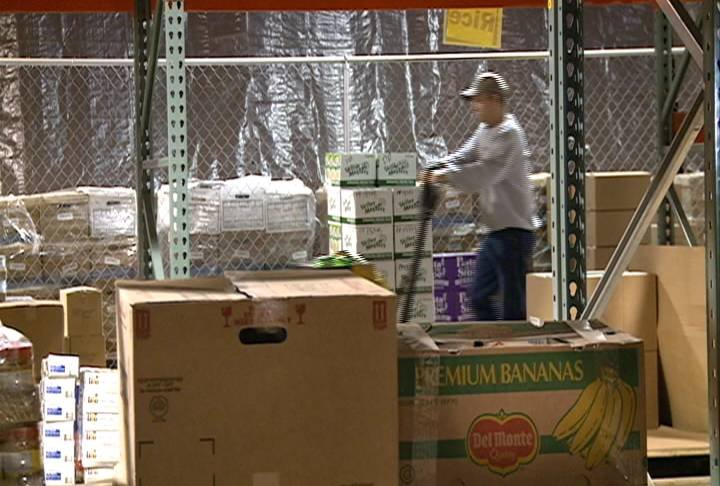 Volunteers help out at the Food Bank of Siouxland.