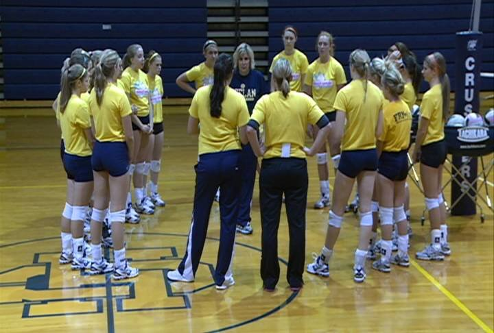The top-ranked Bishop Heelan volleyball team has won 17 straight matches and hasn't lost in nearly a month.