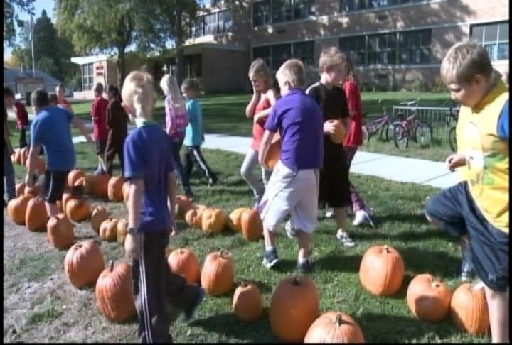 The inmates have been growing pumpkins to give to area third graders.