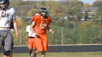 Sioux City East stays at number-7 this week in the Class 4A football rankings.