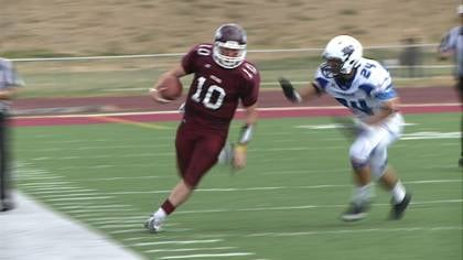 Joel Nixon threw for a career-high 395 yards in Morningside's win over Dakota Wesleyan Saturday.
