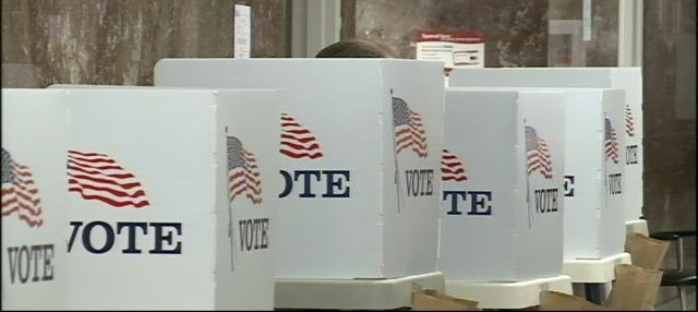 Steady morning voter turnout was reported at polling sites in Sioux City.
