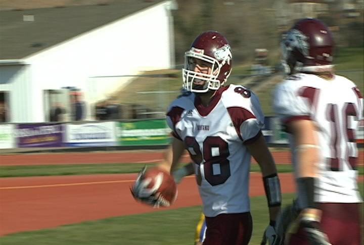 Kyle Schuck had two touchdown receptions in Morningside's 62-0 win at Briar Cliff.