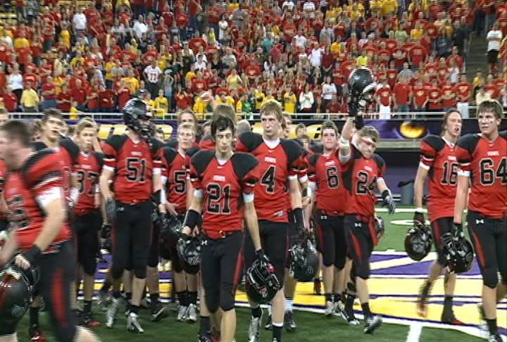 Spirit Lake celebrates after a 17-10 win over Kuemper Catholic in the 2A semifinals on Saturday.