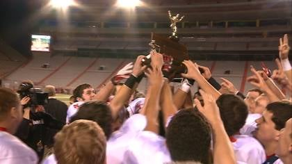 Norfolk Catholic won their third straight state championship, while honoring  injured teammate Isaac Pfeifer.