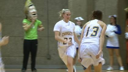 Sara Reeves had 11 points as sixth-ranked Briar Cliff beat Mount Marty, 86-72, on Wednesday.