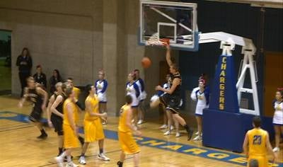 Trevor Wolterstorff gets a dunk in Dordt's 77-58 win at Briar Cliff on Saturday.