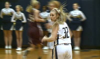 MaKayla Augustine had the game-winning basket in Bishop Heelan's 70-68 win over Western Christian.