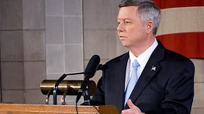 "© ""He made some personal decisions he shouldn't have.  He resigned and we're now moving forward,"" said Gov. Heineman."