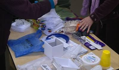 SC League of Women Voters passed out cloth bags for people to reuse at grocery stores to cut down on plastic waste.