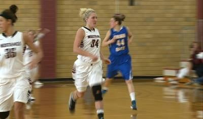 Muhl scored 21 points and had 20 rebounds in the win over Briar Cliff.