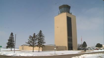"© ""There are flights coming in and out every 24-hour period with the control tower closed. I don't think it would impact flights coming in and out of Sioux City at all,"" said Bernstein."