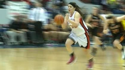 Morgan Hansen rushes to the basket in South Sioux City's 59-56 loss to Beatrice on Thursday.