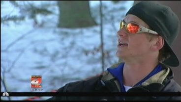 Eric Wesolowski sings and dances for skiers and snowboarders.