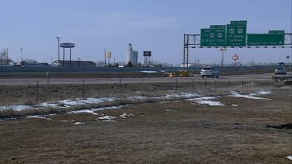 Next week, construction crews will begin work on a stretch of I-29 between mile marker 142, near Sergeant Bluff, and the Sergeant Floyd Monument, closing down some lanes.