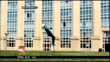 Dmitry Arsenyev did 15 consecutive backflips on his Pogo Stick.