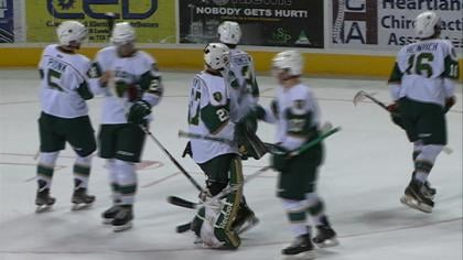 Musketeer goaltender Kyle Hayton stopped 34 of 36 shots in a 2-0 loss to Waterloo on Wednesday.