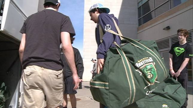 The Musketeers load their bus Thursday for the trip to Waterloo, Iowa.