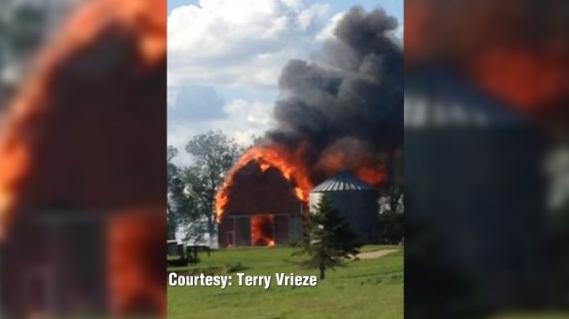 Barn fire breaks out in Sac County Iowa KWWL Eastern