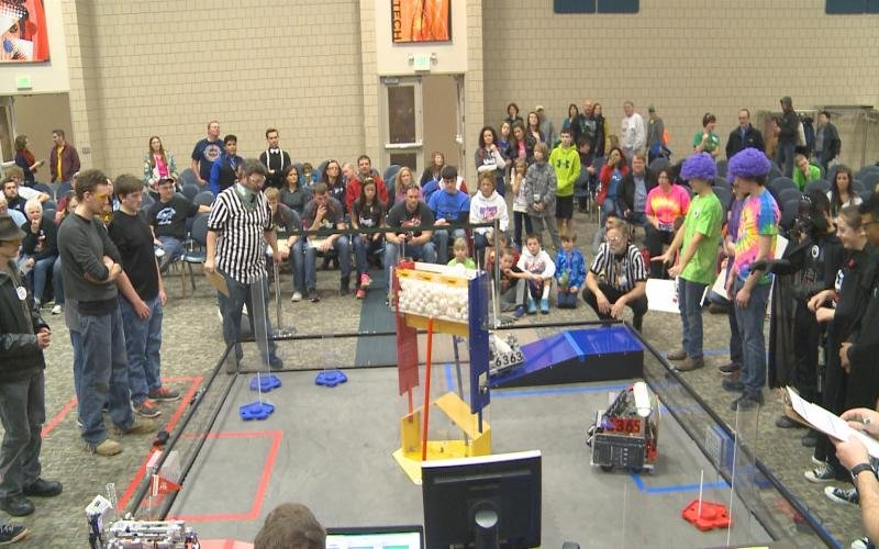 Students show off their robots in the northwest iowa for Community motors mason city ia