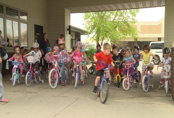 Building blocks preschool raises money for kids in need for Community motors mason city