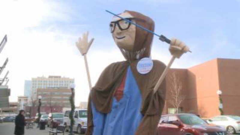 Bernie sanders supporters embrace star wars opening for Star motors iowa city